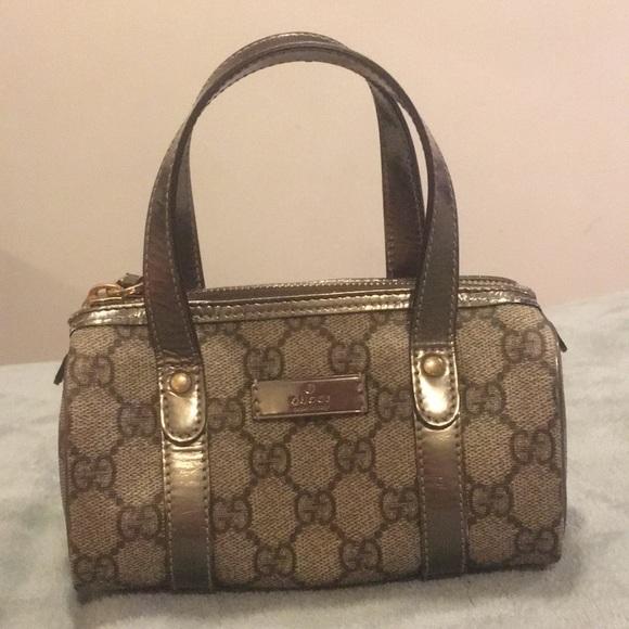 b82eed0dc314 Gucci Handbags - (Rare) Authentic Gucci Mini Joy Boston Purse!